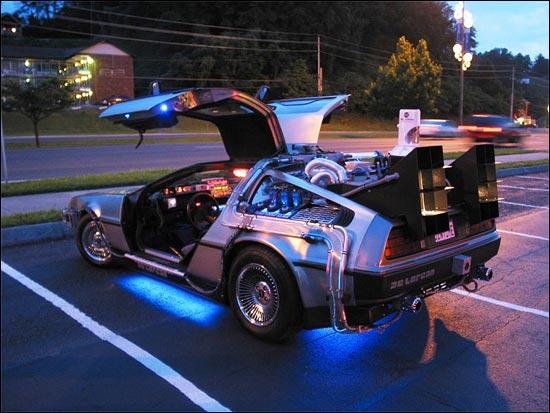 """La mitica DeLorean - """"Ritorno al futuro"""" è in Russia!"""