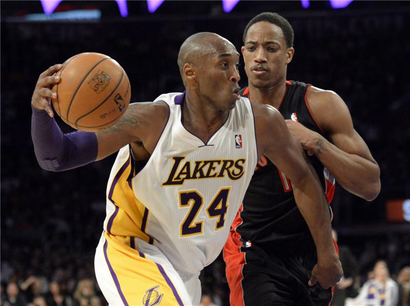 Kobe Bryant è tornato in campo contro i Raptors