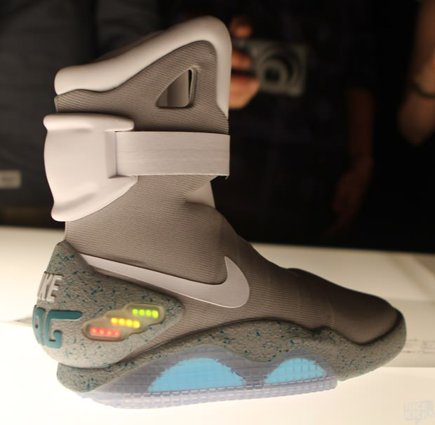Nel 2015 arriveranno le Nike Air Mag - Vaxgelli Blog 9c3941fd2fc