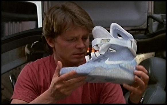 """Michael J Fox con le Nike Air Mag in """"Ritorno al Futuro"""""""