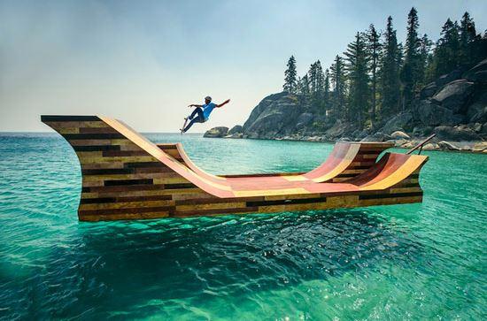 Bob Burnquist con il suo skate sull'acqua