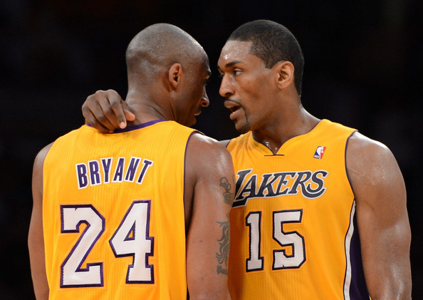 Metta World Peace con Kobe Bryant ai Lakers