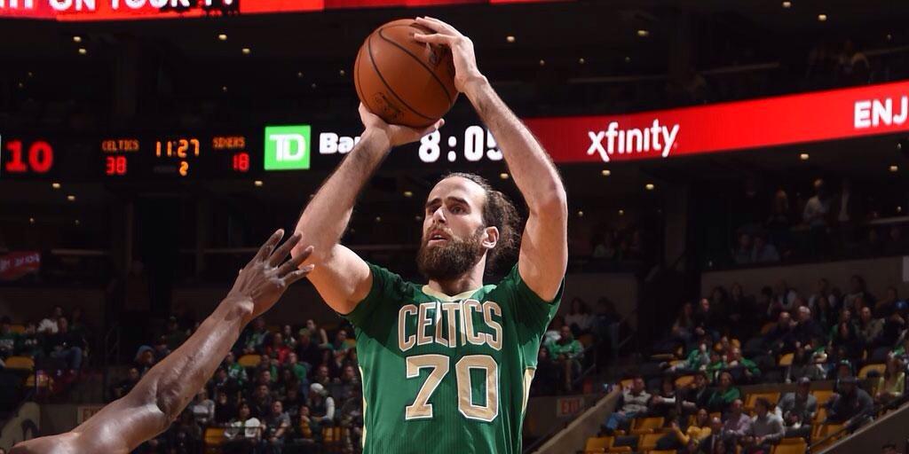Datome in maglia Celtics. Il capitano azzurro lascia la NBA