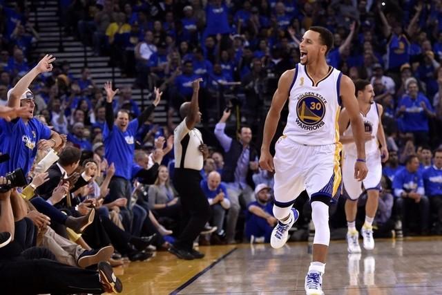Stephen Curry, MVP della passata stagione, 40 punti contro i Pelicans