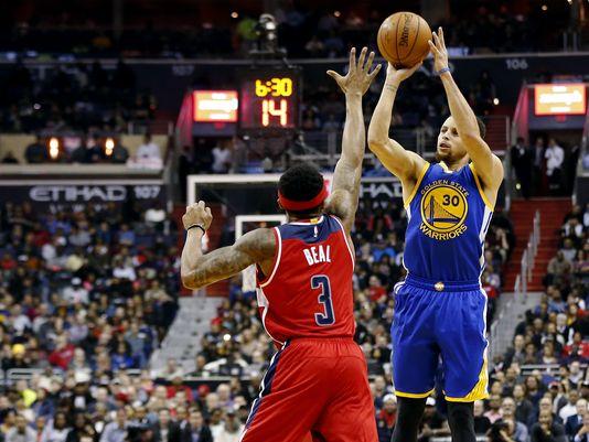 Curry mostruoso contro i Wizards! 51 punti con 11/16 da 3 punti