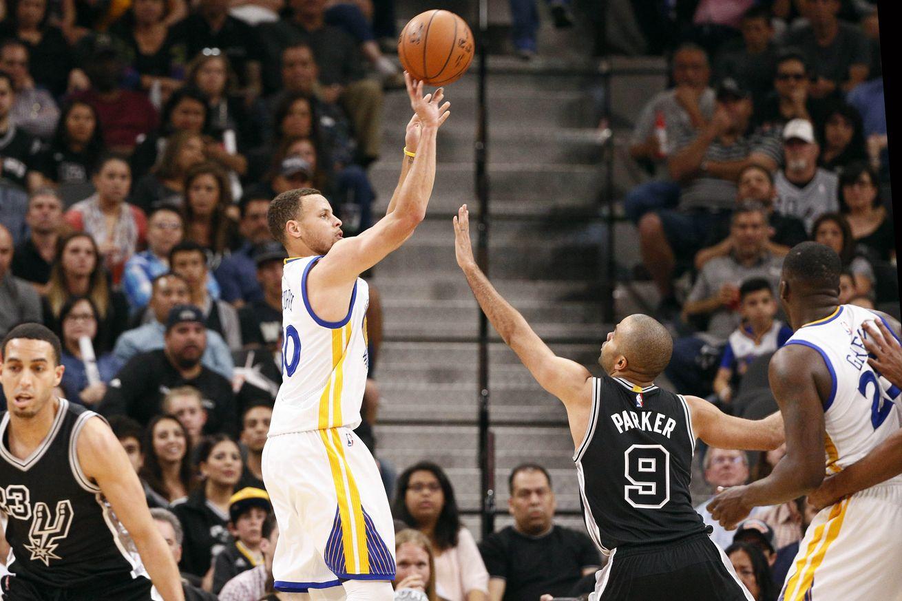 Curry è stato semplicemente dominante: 37 punti sui 92 dei Warriors