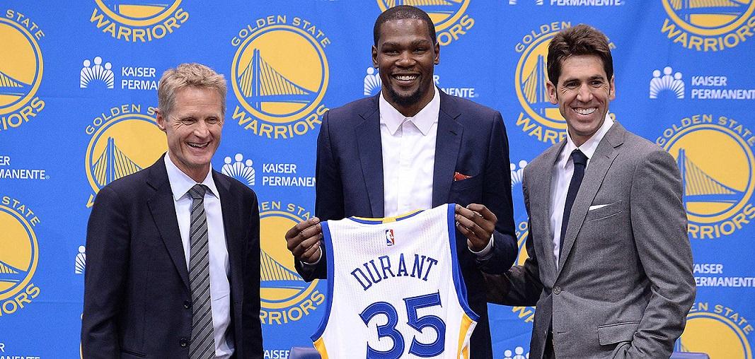 Kevin Durant presentato dai Golden State Warriors