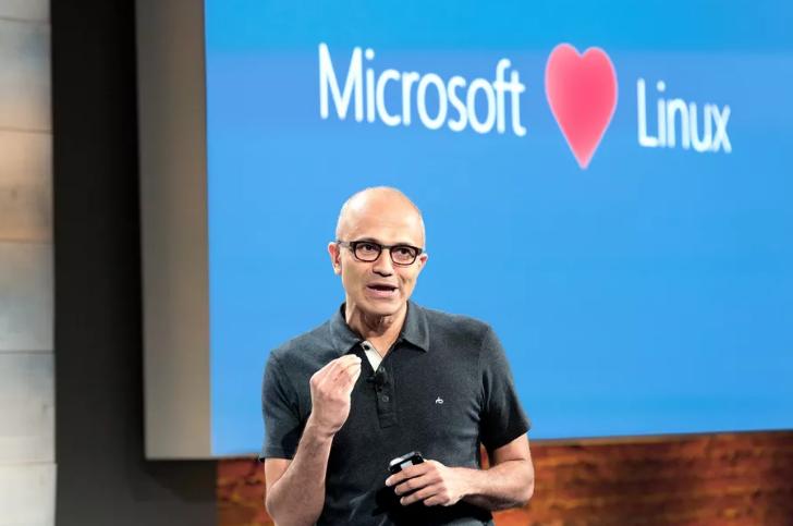 Microsoft entra a far parte della Linux Foundation - Satya Nadella