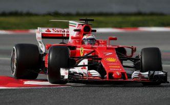 Kimi Raikkonen sulla SF70H a Barcellona