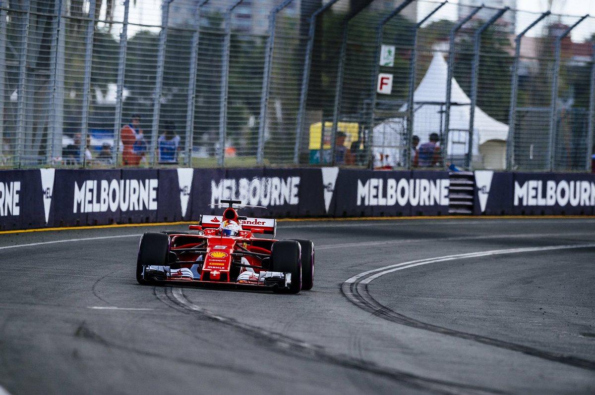 Sebastian Vettel in gara a Melbourne