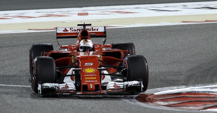 Vettel alla guida in Bahrain