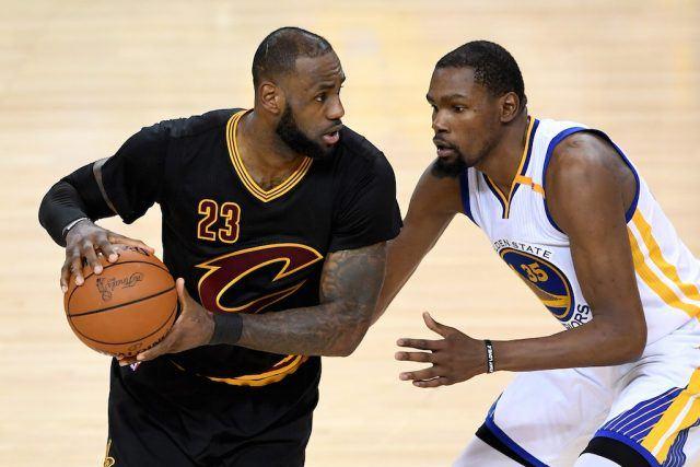LeBron James contro Kevin Durant: un grandissimo duello