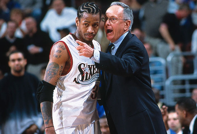 Larry Brown con Allen Iverson
