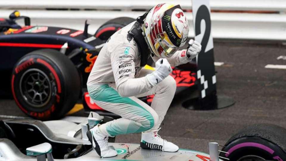 Hamilton festeggia la vittoria del GP d'Italia 2018