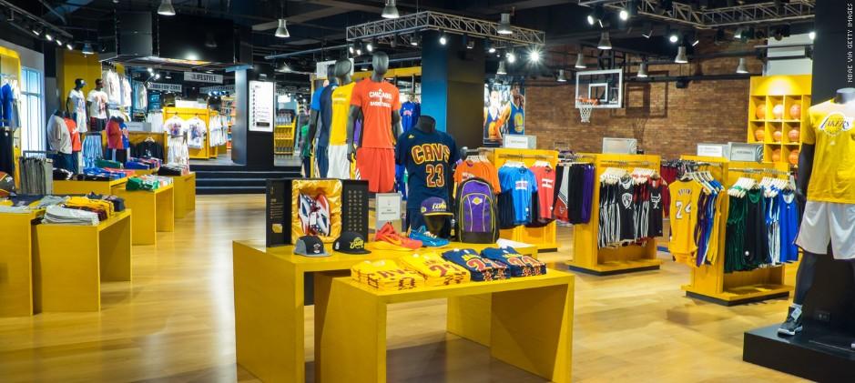 L'interno di un NBA Store