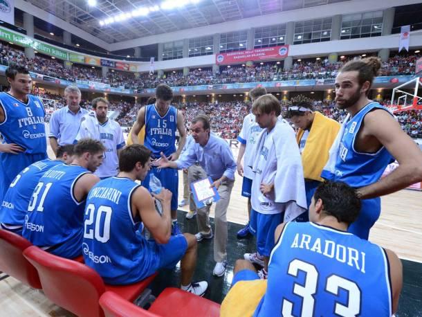 Un timeout durante Turchia-Italia di basket