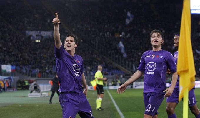 Jovetic e Ljajic festeggiano all'Olimpico Lazio-Fiorentina 0-2