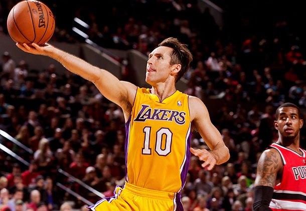 Steve Nash in maglia Lakers. Stagione finita