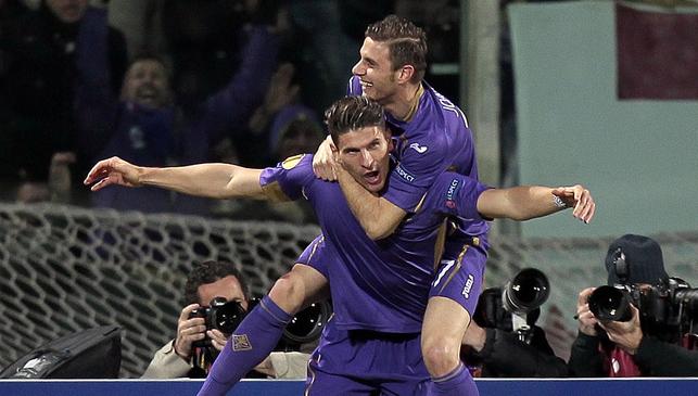 Gomez e Joaquin festeggiano il gol dell'1-0