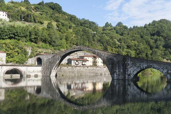 """Per Skyscanner il """"Ponte del Diavolo"""" è tra i 10 posti più stregati d'Italia"""