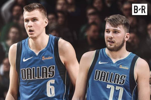Kristaps Porzingis raggiunge Luka Doncic ai Dallas Mavericks